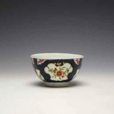 Worcester Blue Scale Panelled Floral Pattern Teabowl and Saucer c1770-75 (3)
