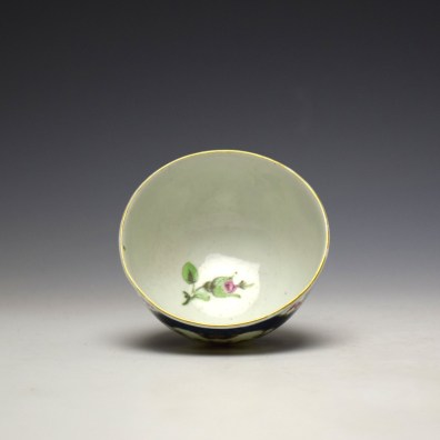 Worcester Blue Scale Panelled Floral Pattern Teabowl and Saucer c1770-75 (8)
