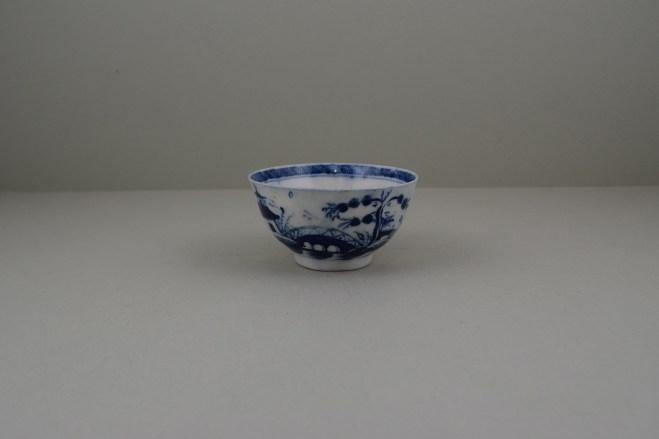 Caughley Porcelain Bridge and Windmil Pattern Teabowl, C1783-93 (1)