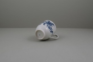 Caughley Porcelain Printed Peony Pattern Coffee Cup, C1778-85.8