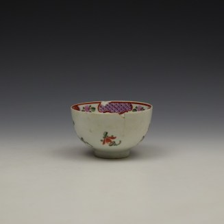 Lowestoft Curtis Floral and Red Border Pattern Teabowl c1780-90 (4)
