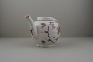 Lowestoft Porcelain Curtis Flowers Within a Border Pattern Teapot, C1775-95 (2)