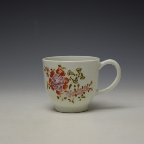 Lowestoft Early Tulip Painter Coffee Cup c1768-72 (1)