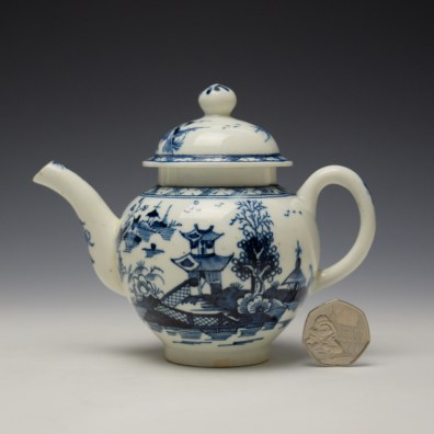 Lowestoft Pagoda and Zig Zag Fence Pattern Miniature Teapot and Cover c1775-85 (2)
