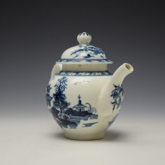 Lowestoft Pagoda and Zig Zag Fence Pattern Miniature Teapot and Cover c1775-85 (4)