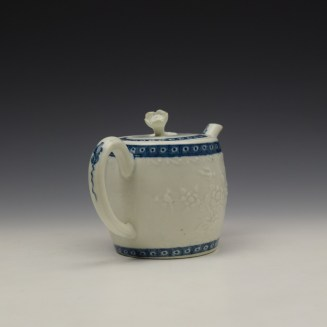 Worcester Floral Moulded Teapot and Cover c1760-70 (7)
