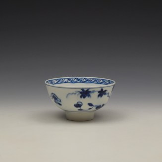 Bow Flowering Root Pattern Teabowl c1760 (2)