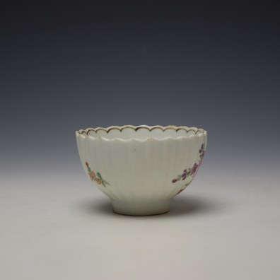 Lowestoft fluted floral teabowl and saucer c1785-90 (3)