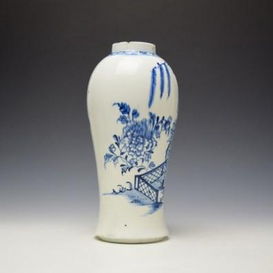 Lowestoft Holled Rock Peony Fence Willow Pattern Vase c1775-80 (2)