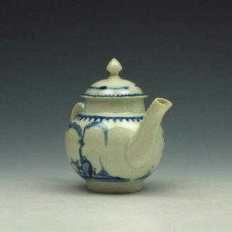 Liverpool John Pennington House Fence and Willow Pattern Toy Teapot c1775-85 (4)