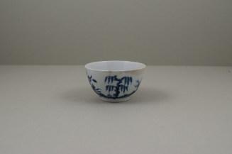 Worcester Porcelain Lanslip Pattern Teabowl and Saucer, C1755-60 (4)