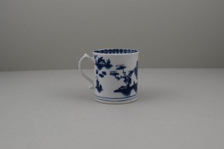 Lowestoft House Fence and Willow Pattern Coffee Can, C1768-72 (4)