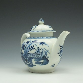 Lowestoft Porcelain Fence Peony Willow Pattern Teapot and Cover c1770-75 (3)