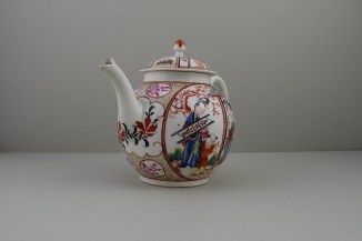 Caughley Mandarin Pattern Teapot and Cover, C1780 (2)