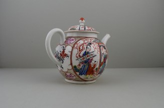 Caughley Mandarin Pattern Teapot and Cover, C1780 (6)