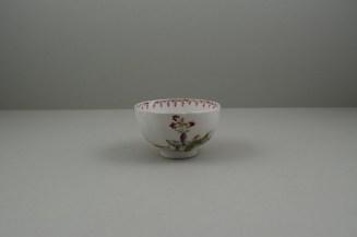 Lowestoft Porcelain Mandarin vase and Purple Curtains Pattern Teabowl and Saucer, C1780-85 (4)