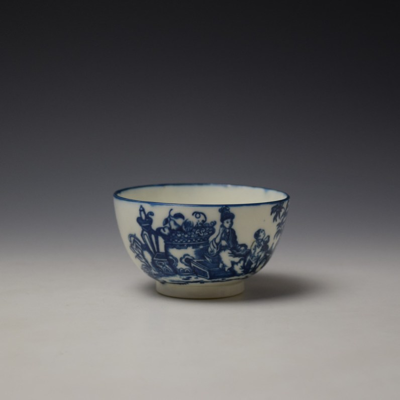 Caughley Mother and Child Pattern Teabowl and Saucer c1776-90 (2)