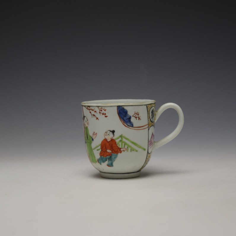 Worcester Mandarin Mother and Child Under a Tree Pattern Coffee Cup c1770-80 (1)