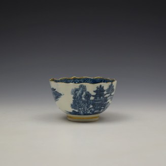 Caughley Pagoda Pattern Teabowl and Saucer c1782-92 (3)