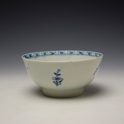 Lowestoft Peony Fence and Bamboo Pattern Slop Bowl c1770-75 (2)