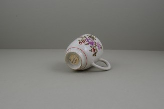 Lowestoft Porcelain Pink and Purple Flowers Tulip Painter Coffee Cup, C1770-75 (8)