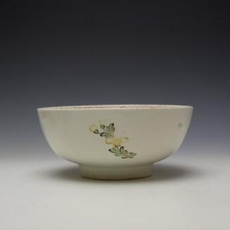Lowestoft Polychrome Rose and Flower Sprays Pattern Slop Bowl, c1770-75 (3)
