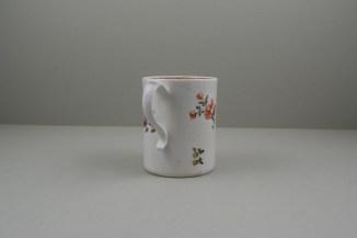 Lowestoft Porcelain Tulip Painter Mug, C1768-70. 5