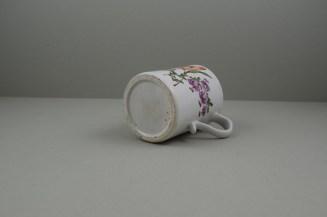 Lowestoft Porcelain Tulip Painter Mug, C1768-70. 8
