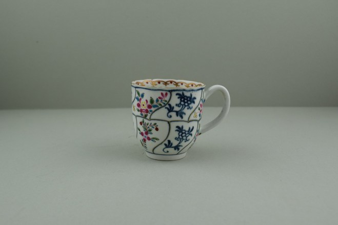 Worcester Porcelain The Floral Queens Pattern With Polychrome Flower Sprays Pattern Coffee Cup, C1770 (1)