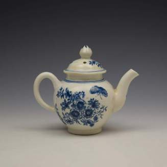 Lowestoft Three Flowers Pattern Toy Teapot and Cover c1770-80 (4)