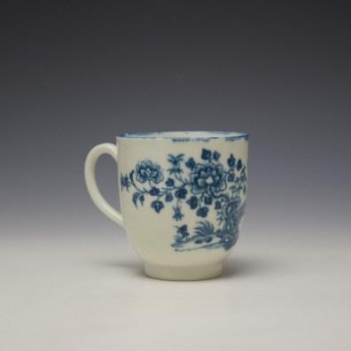 Worcester Three Ladies Pattern Coffee Cup c1770-80 (3)