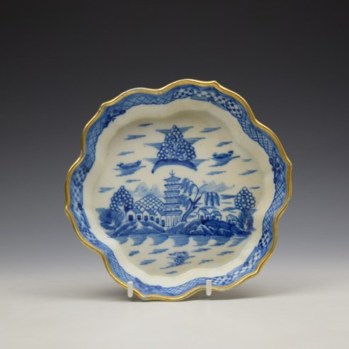 Caughley Tower Pasttern Teapot Stand c1790-95 (1)