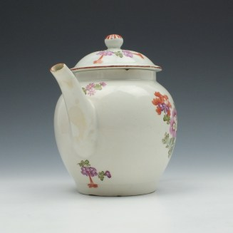Lowestoft Porcelain Tulip Painter Teapot and Cover c1770 (2)