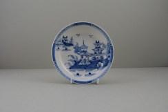Lowestoft Porcelain Two Pagoda Bridge Landscape pattern Teabowl and Saucer, C1775-90 (18)