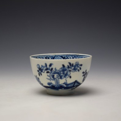 Lowestoft Flowering Plant Holed Rock and Fence Pattern Teabowl and Saucer c1780-85 (2)