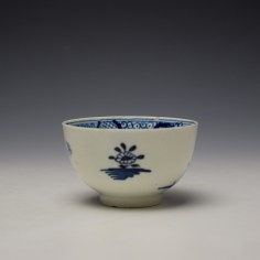Lowestoft Flowering Plant Holed Rock and Fence Pattern Teabowl and Saucer c1780-85 (4)