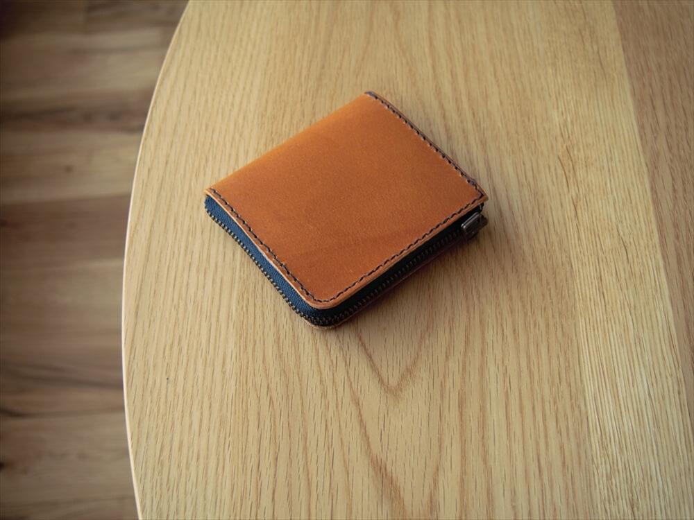 革のL字ファスナー小型財布