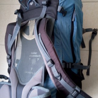 45 L Hiking Backpack with Rain cover Backpackers Den4