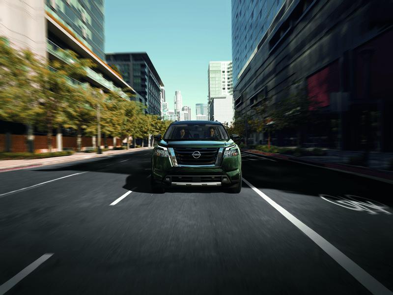 head-on view of Nissan Pathfinder on city street