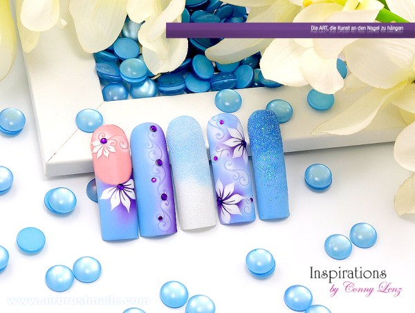 Nailart Airbrush Great Blue, Airbrushnails Inspiration