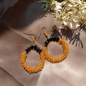 Rootsandleisure_shop_beaded hoop earrings
