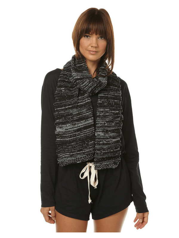 rusty-bay-scarf-black-cream