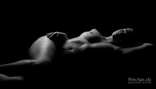 Erotik-Fotoshooting, Akt