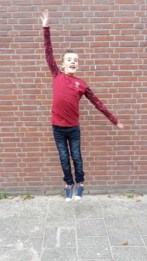 Kyan in jeans nitras dark