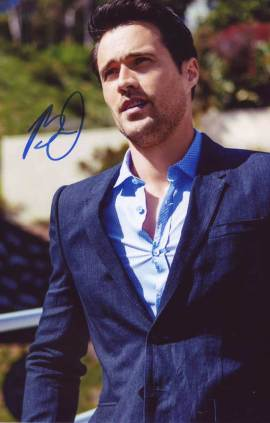 Brett Dalton in-person autographed photo