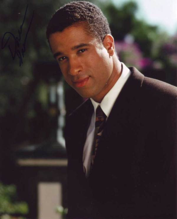 Dorian Gregory in-person autographed photo