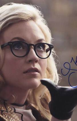 Emily Kinney in-person autographed photo