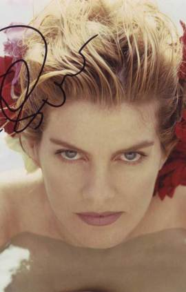 Rene Russo in-person autographed photo