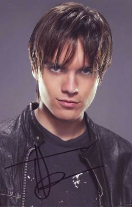 Thomas Dekker in-person autographed photo