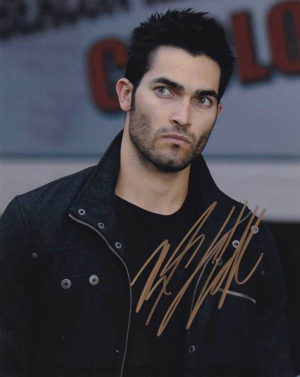 Tyler Hoechlin In-person Autographed Photo